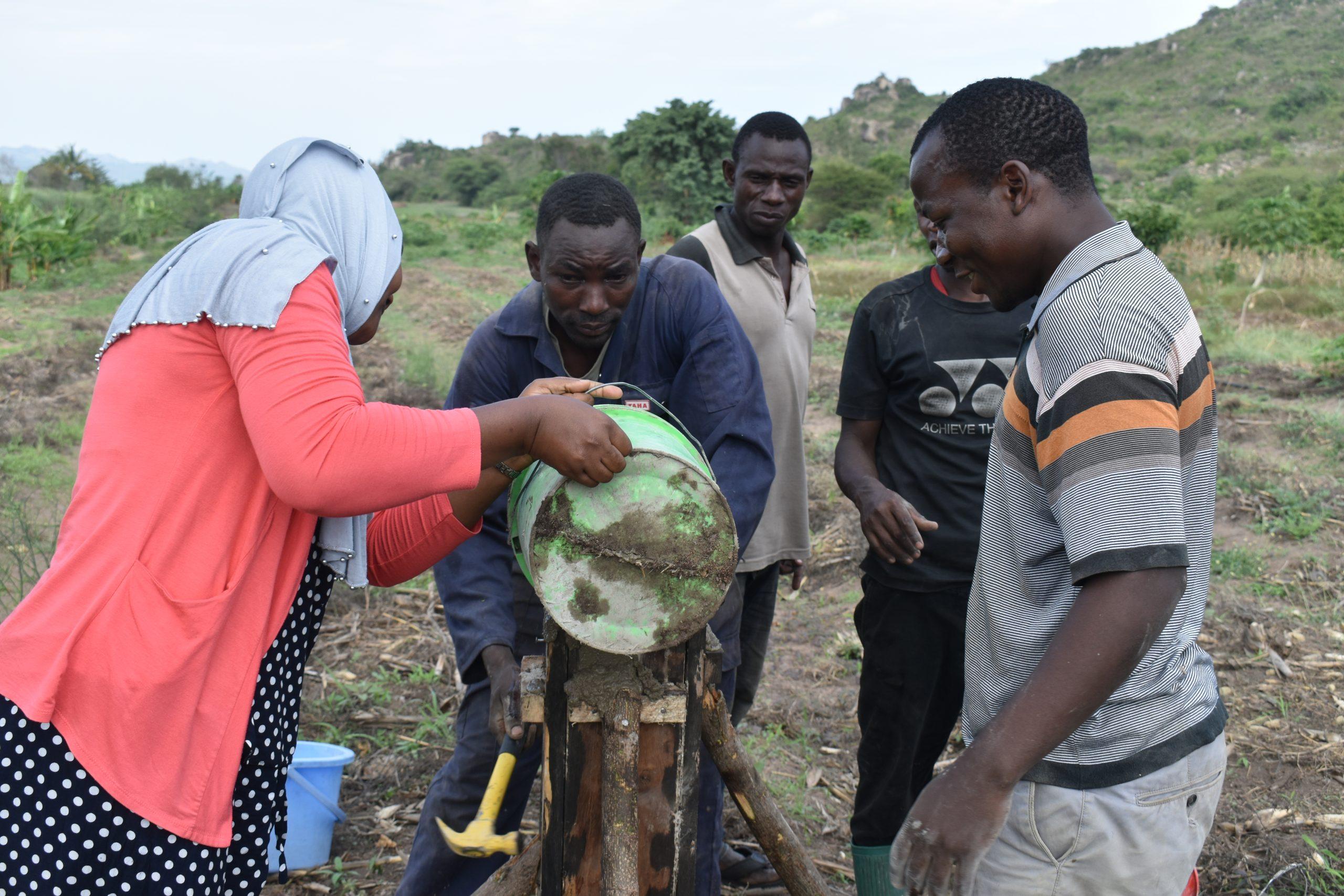 Usimikaji wa nguzo umbali wa mita sitini kutoka kwenye chanzo cha maji.